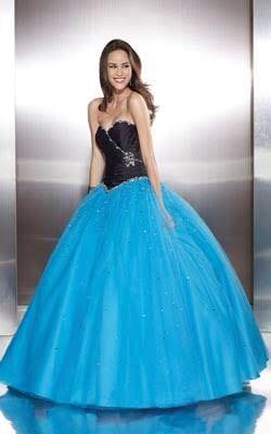 73e91bc49 Vestido de quinceañera color turquesa con el corsé negro