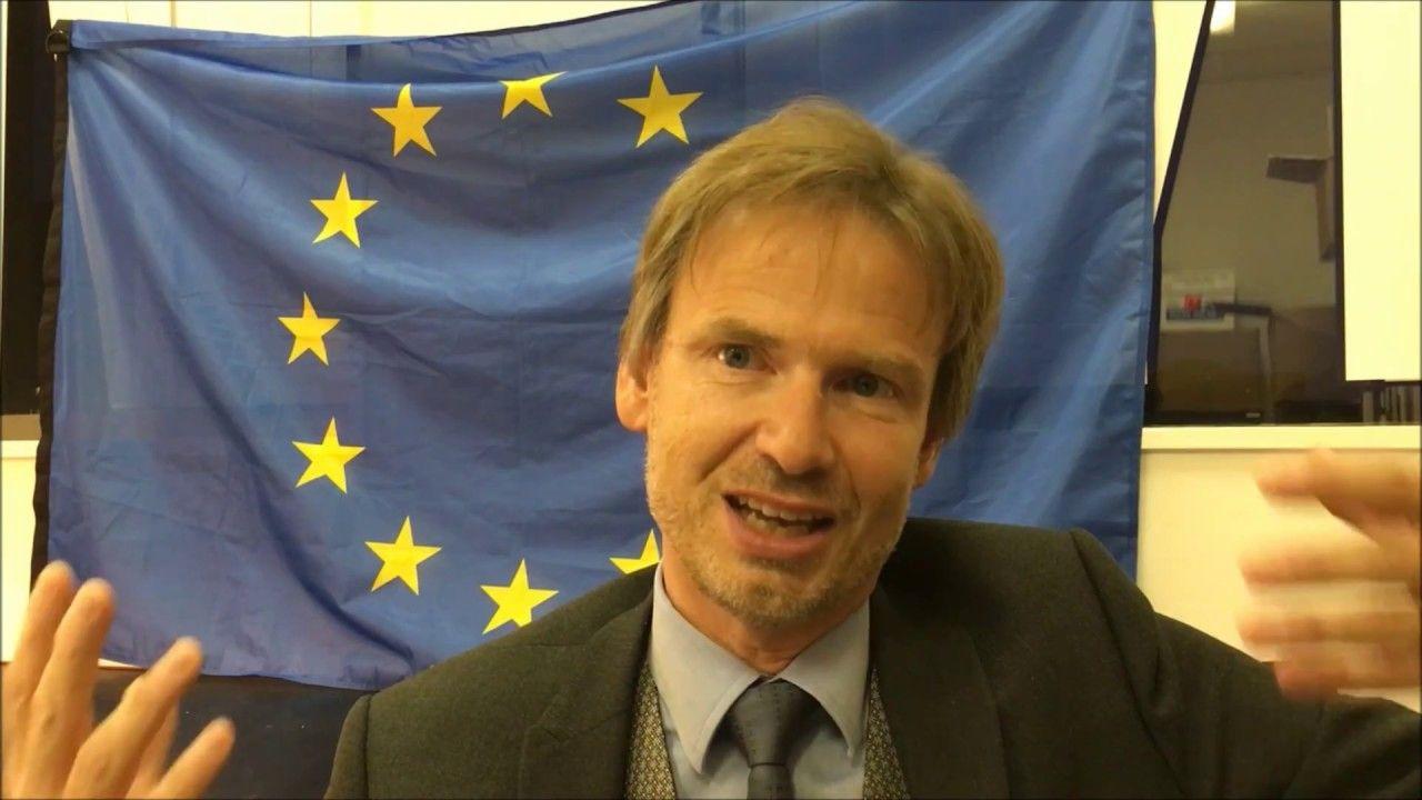Propos Libres sur le doctorat, Professeur Loïc Grard (arrêté mai 2016, formation doctorale, SHS)
