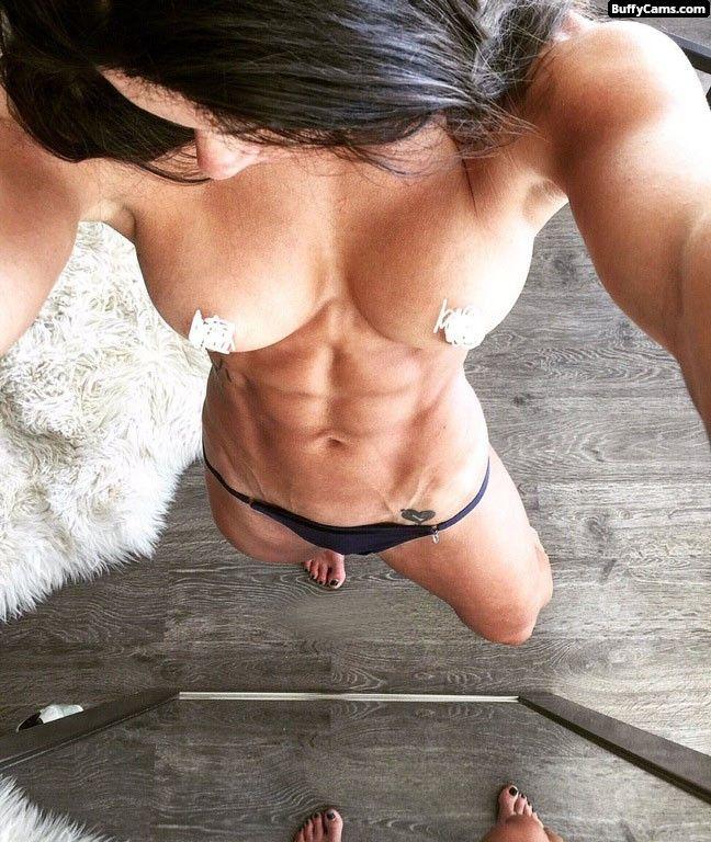 teen muscle girls nude