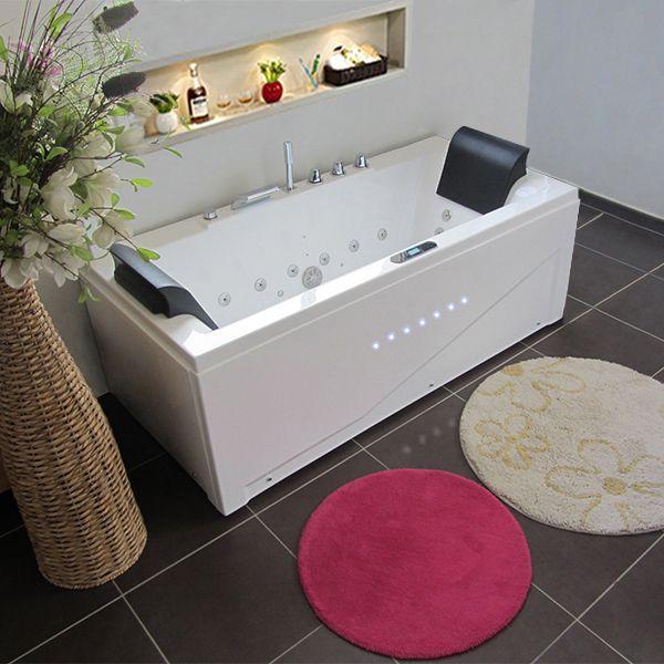 islande est la baignoire baln o parfaite pour les petites salles de bain tout en offrant la. Black Bedroom Furniture Sets. Home Design Ideas