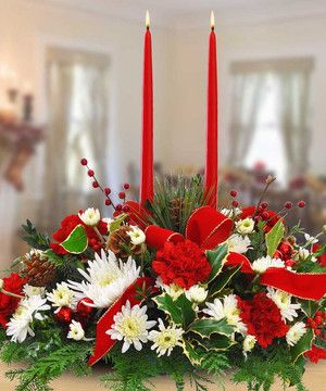 A Very Merry Christmas Centerpiece by Mary Murray's Flowers #Tulsa #TulsaFlorist #Christmas