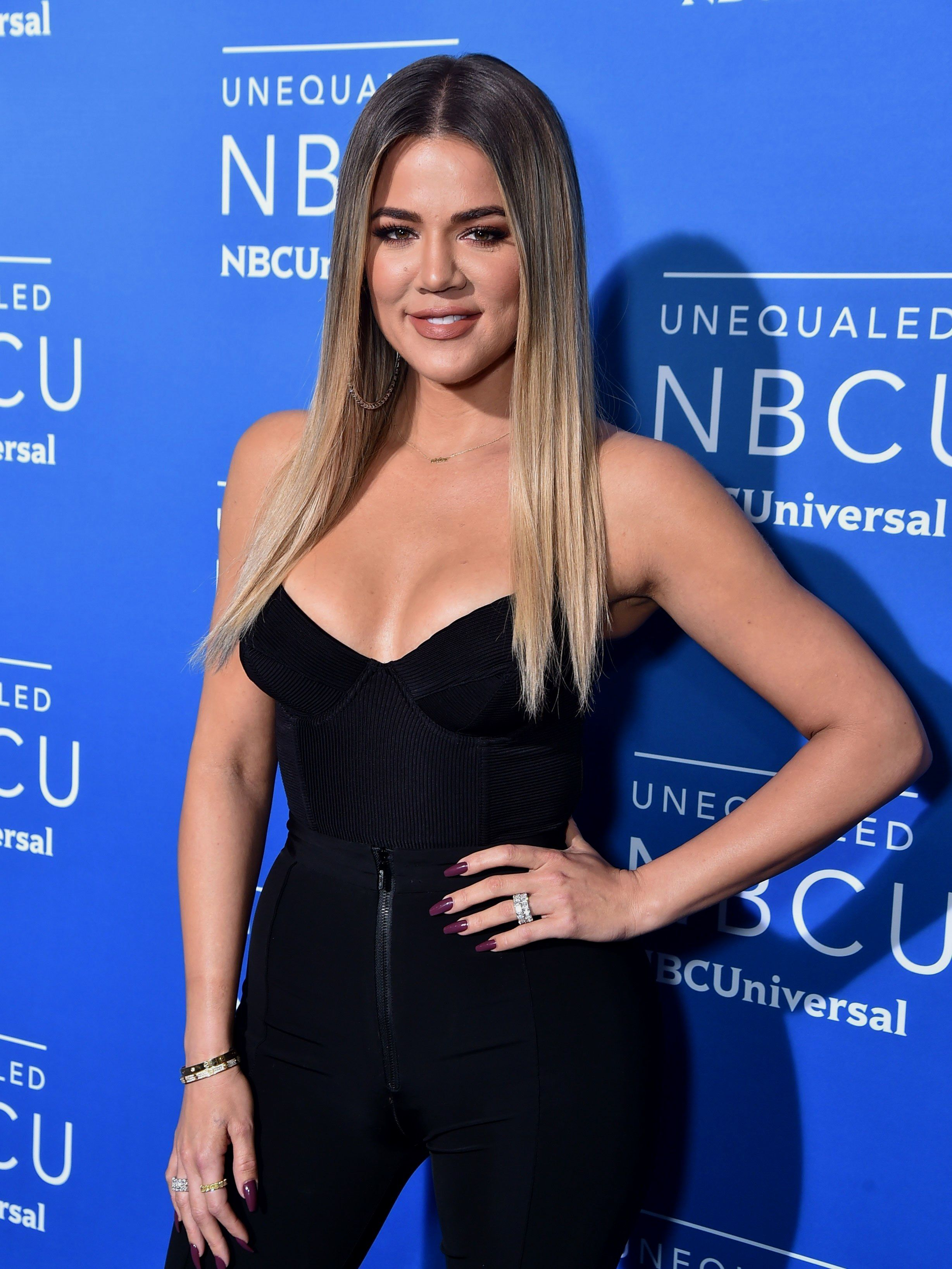 Khloe Kardashian Swears This Organic Oil Is the better Acne Therapy AcneScars HowToGetRidOfAcneScars Khloe Kardashian Swears This Pure Oil Is the Best Acne Treatment Acne...