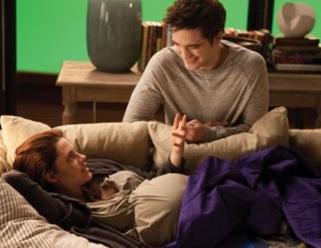 Bella Swan And Pregnant 2545973 Coolspotters The Twilight Saga Beruhmtheiten