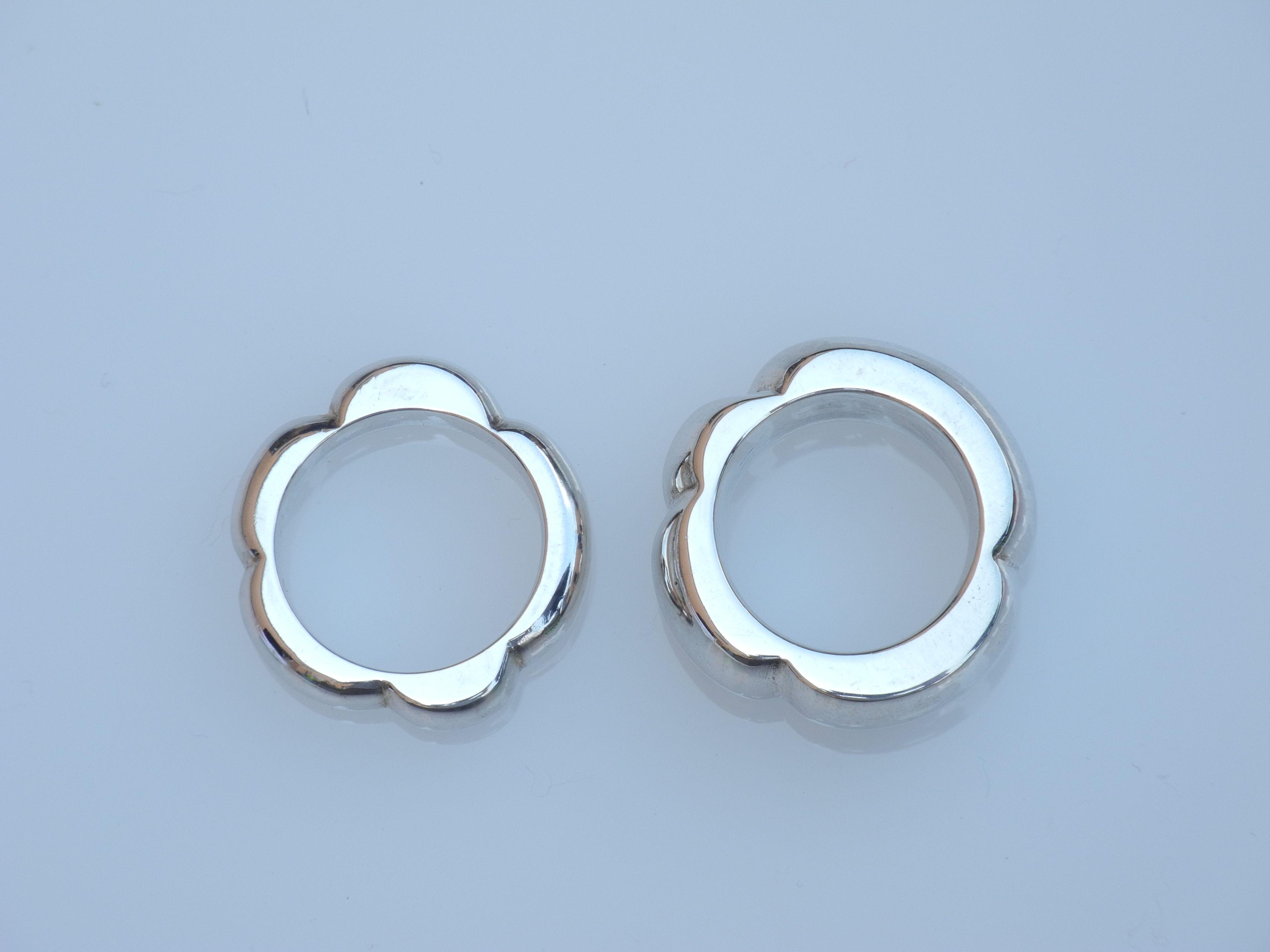 Ringe in Blütenform aus Silber. Handarbeit Goldschmied Unikat ...