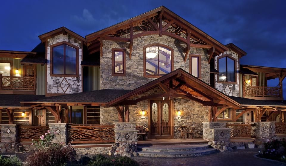 Eldorado stone imagine inspiration gallery Houses with stone facade
