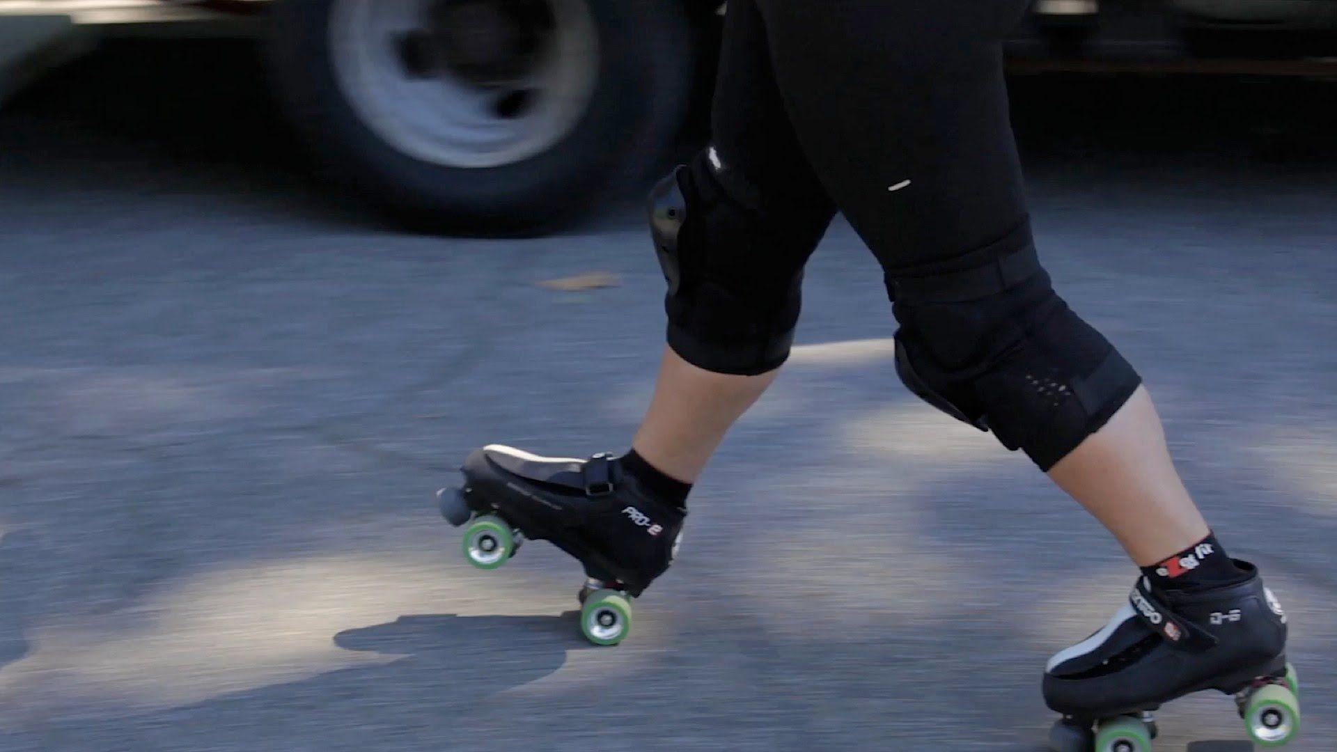 Roller skates videos youtube - 1000 Images About Let S Roller Boogie On Pinterest Roller Derby Rompers And Ga Ga