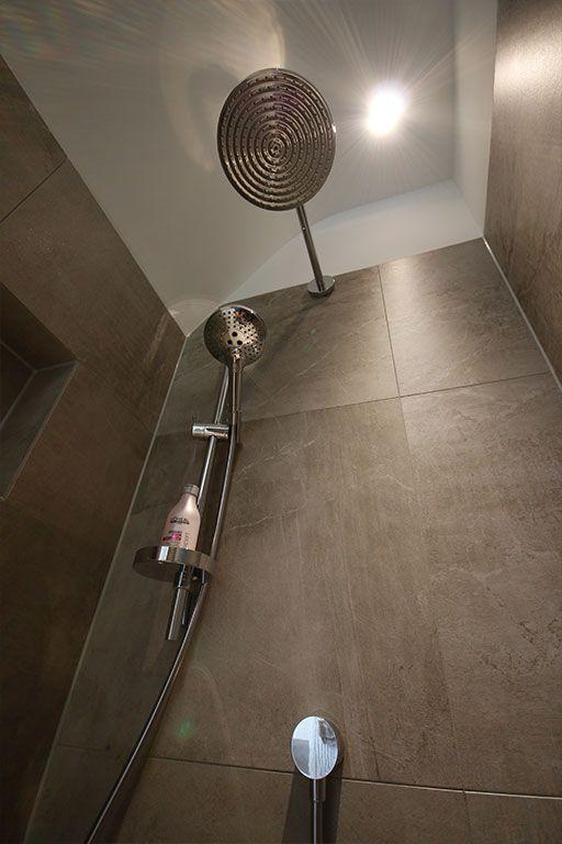 Gerealiseerde design badkamer door Sanidrõme Lindom uit Tilburg ...