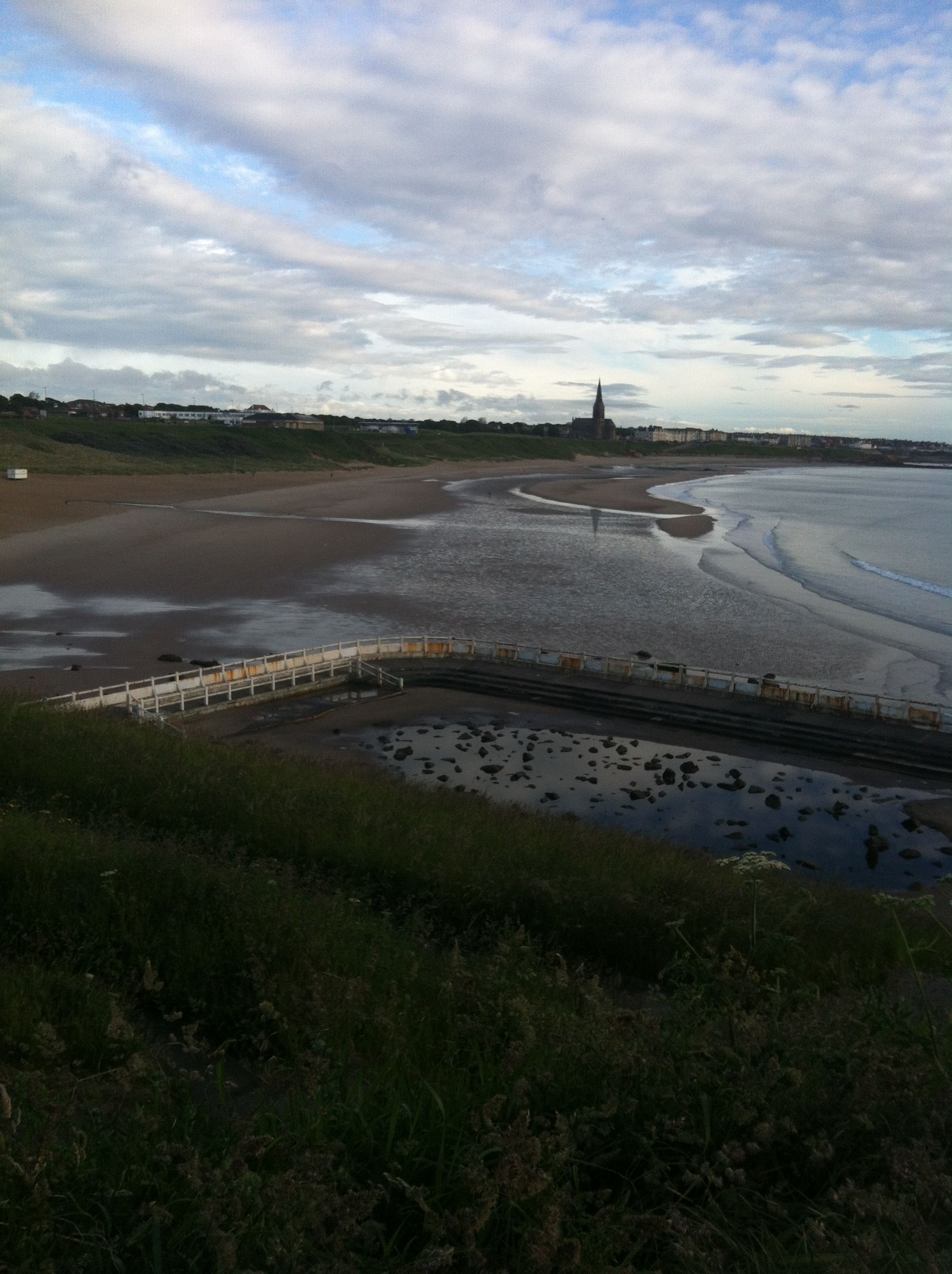 Tynemouth long sands beach 23 June 7am 2013 www.tynemouthwebcam.com