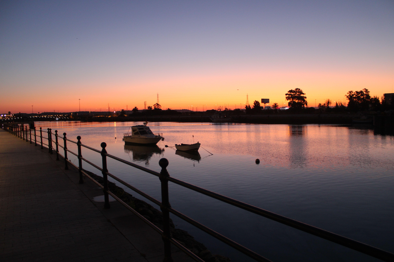 orillas del rio guadalete al amanecer en El Puerto de Santa Maria