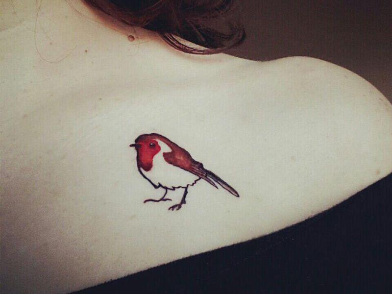Robin Tattooed On My Dear Wife Robin Tattoo Robin Bird Tattoos Tattoos