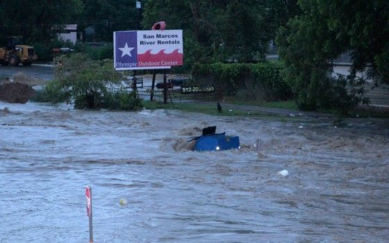San Marcos Flood Oct 30 2015 I35 Google Search Outdoor Centre San Marco San