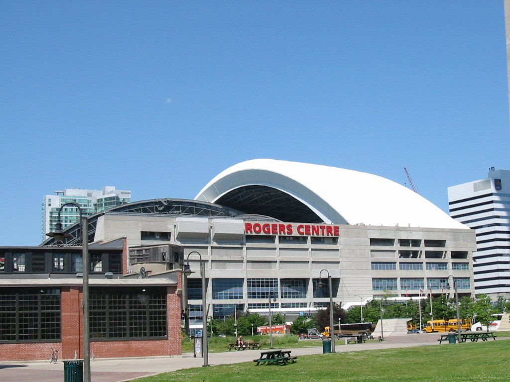 The Rogers Centre But Too Me And Many Torontonians It Ll Always Be The Skydome Rogers Centre Ontario Mlb Stadiums