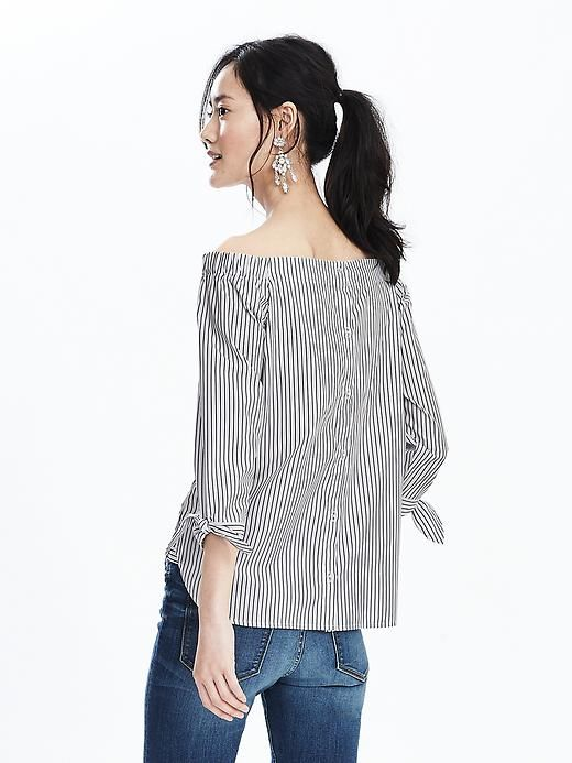 9cd66dee52f48 Off-Shoulder Stripe Top