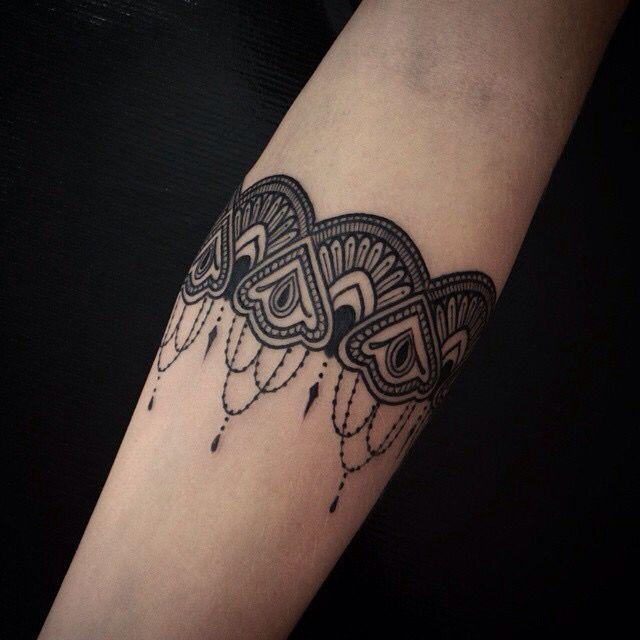 Ornamental Bracelet Tattoo On The Left Wrist Tattoo: Bracelet Arm Tattoo For Woman