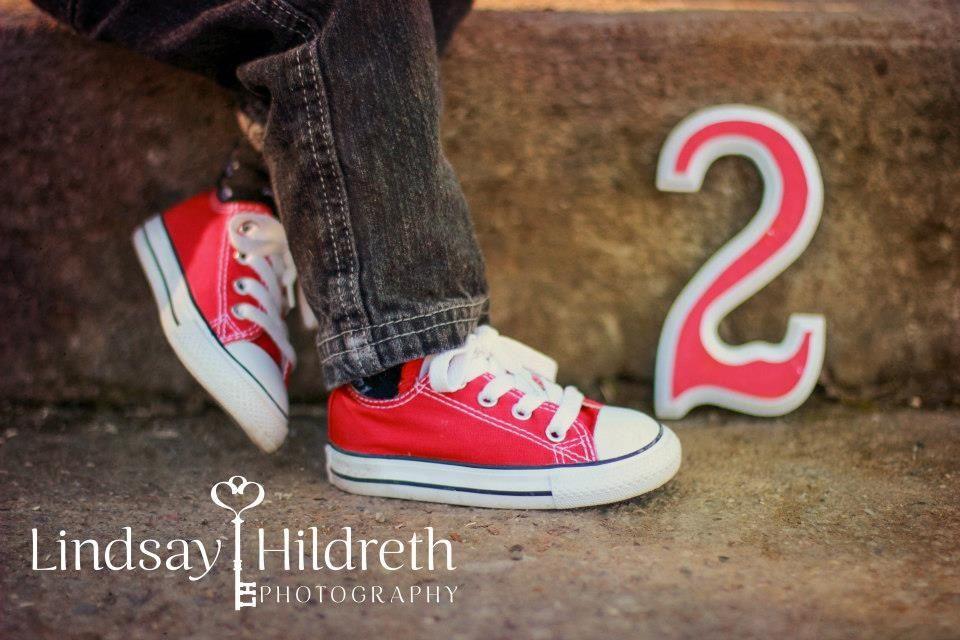 Toddler photography, chucks, converse