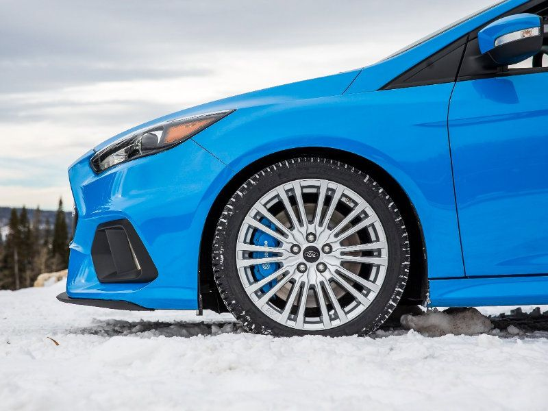 Focus Rs With Factory Winter Tires Ford Focus Rs Forum Winter