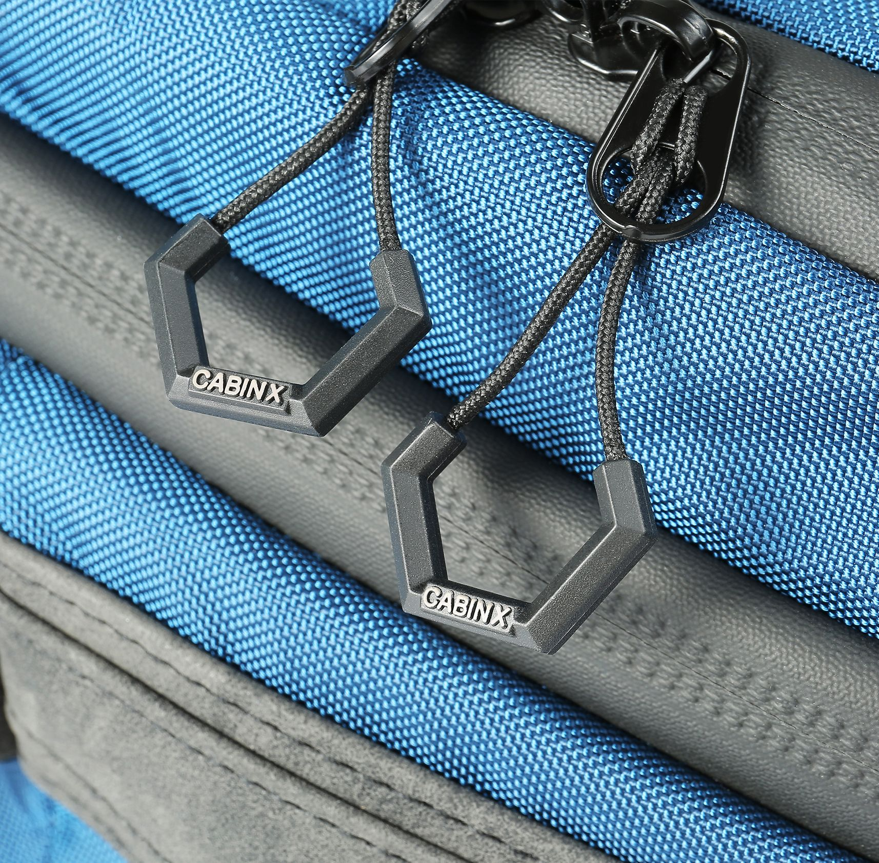 Cabin X One Hybrid Zip Detailing With Images Day Bag Backpack Straps Backpacks