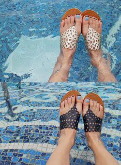 Today's Hot Pick :メッシュぞうりサンダル【iamyuri】 http://fashionstylep.com/SFSELFAA0003747/iamyuriijp/out 合成皮革素材を使ったシンプルなぞうりサンダルです。 ユニークなメッシュストラップがフェミニンなアイテム☆ サマーシーズンのカジュアルコーデに欠かせない1足です♪ シックなブラックとゴールドの2色をご用意しました!