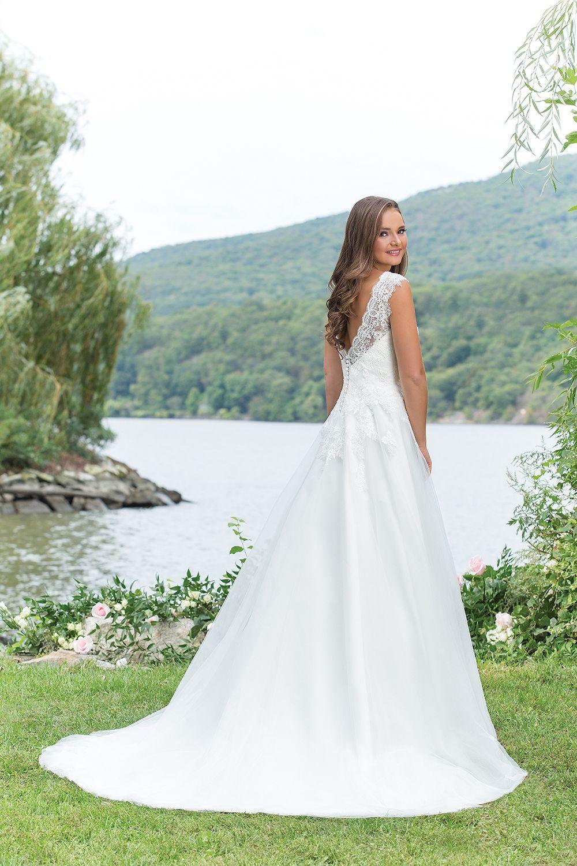 Schön Brautkleid Geschäfte In Louisville Ky Galerie - Hochzeit Kleid ...
