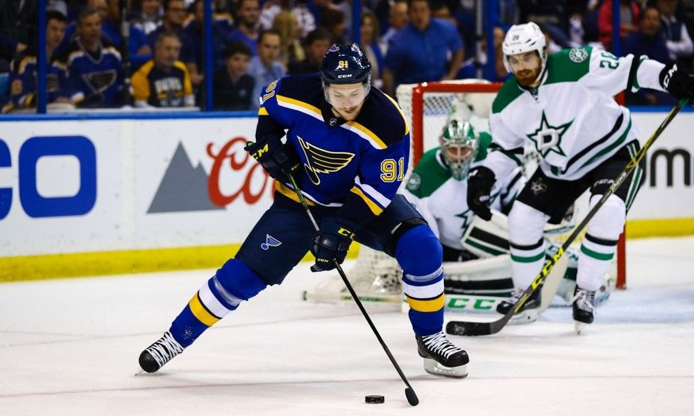 Don't count on Blues to stumble in 2016-17 = Rebuilding on the fly is never easy, but that's essentially what the St. Louis Blues will be looking to do during the 2016-17 NHL season. Former captain David Backes bolted for a better contract offer from the Boston Bruins, and Troy.....