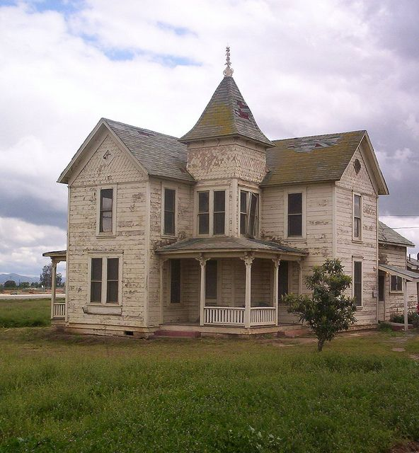 Victorian House Outside Of Perris CA