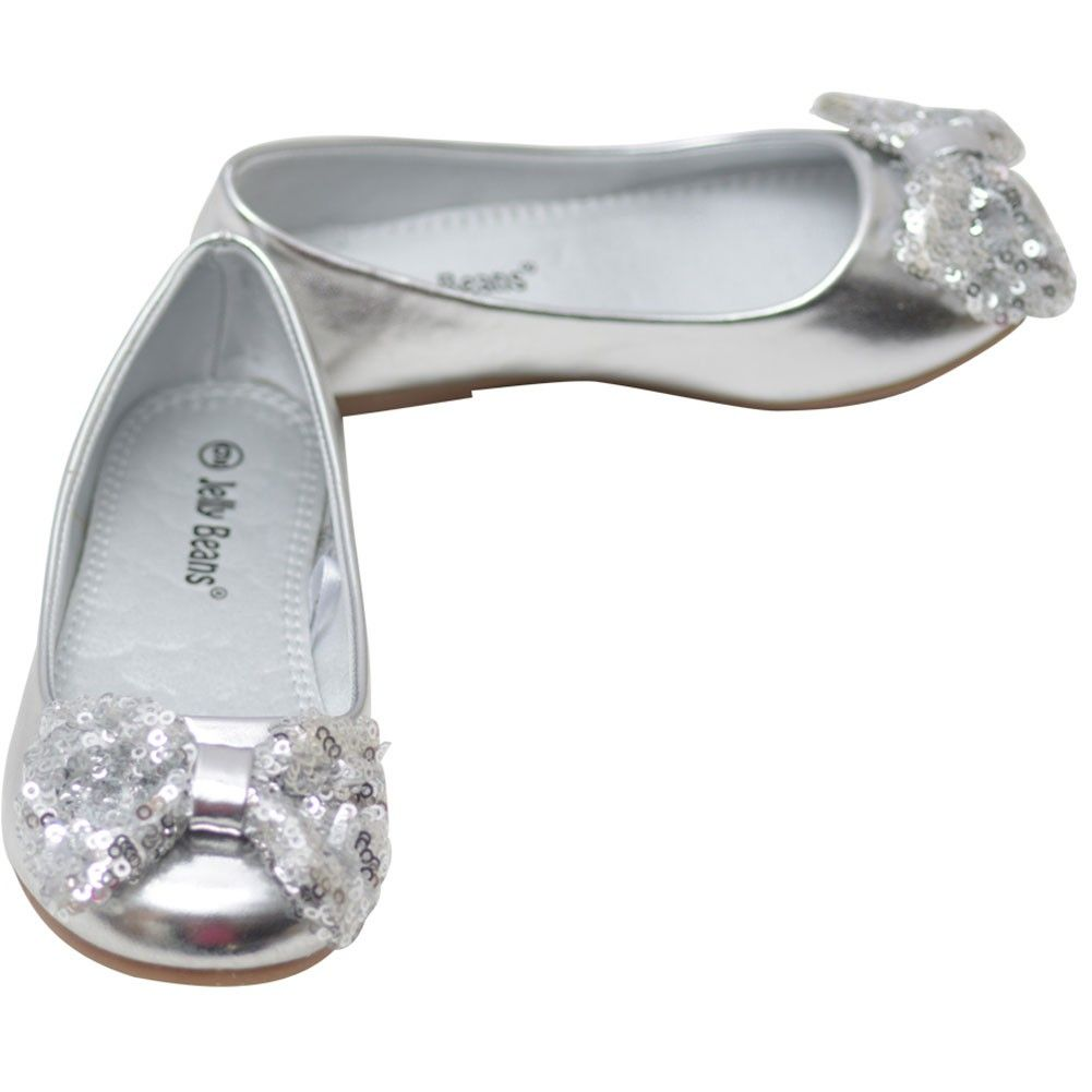 Add a girly touch to her outfits with this dazzling flats from Jelly Beans. Featuring a round toe front, metallic leather finish and a sequence bow adornment on the vamp, it will surely capture her attention. Synthetic non-skid sole and cushioned foot bed
