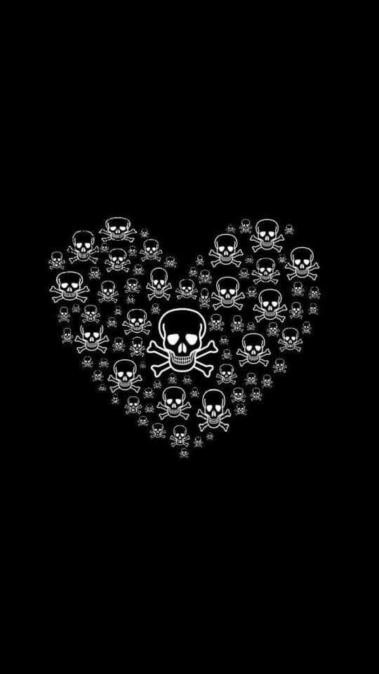 Heart Of Skulls Girly Skull Tattoos Skull Wallpaper Skull Art