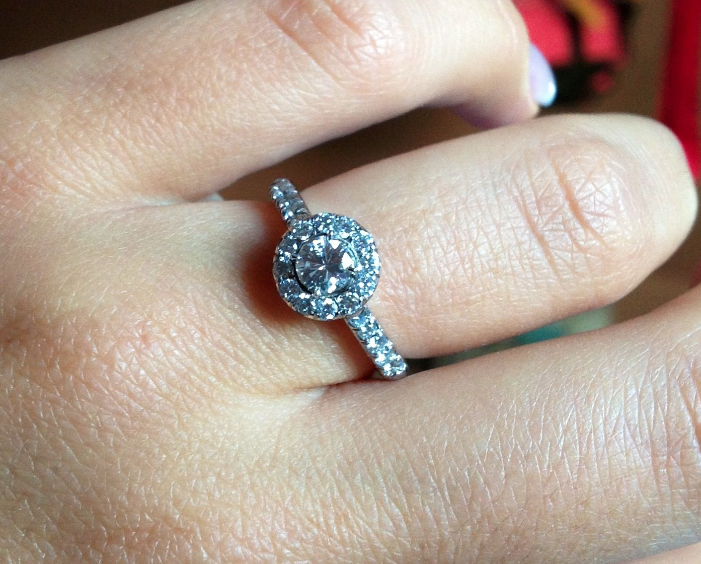 My engagement ring. I love it <3