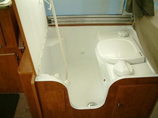 Pop Up Campers With Bathrooms | Pop Up Camper Bathroom On Pinterest Viajar Pinterest Camper