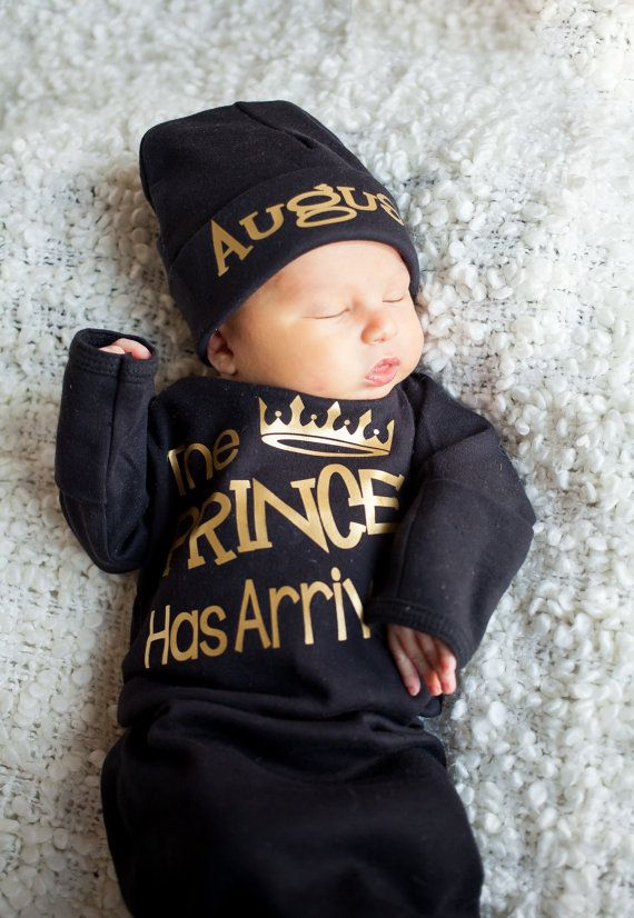 e64b62caf The Prince has Arrived bodysuit - coming home outfit - Baby Boy Gift  birthday - baby shower gift baby clothes Hat Sold Seperately