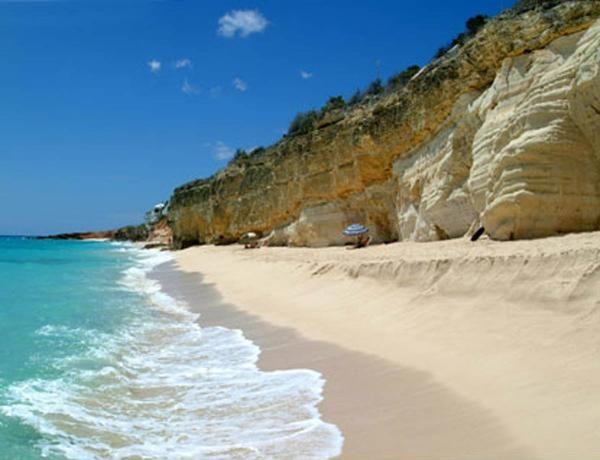 cupecoy beach in st