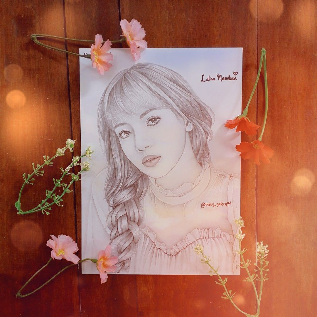 saya membuat sketsa wajah dari idola saya LISA di 2020