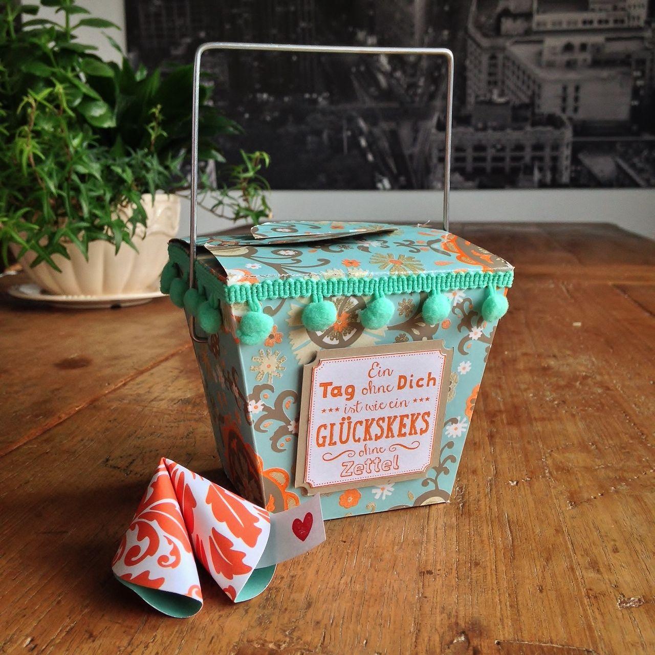Chinabox zum Valentinstag. Vorlage: Takeout-Box vom Chinesen ...