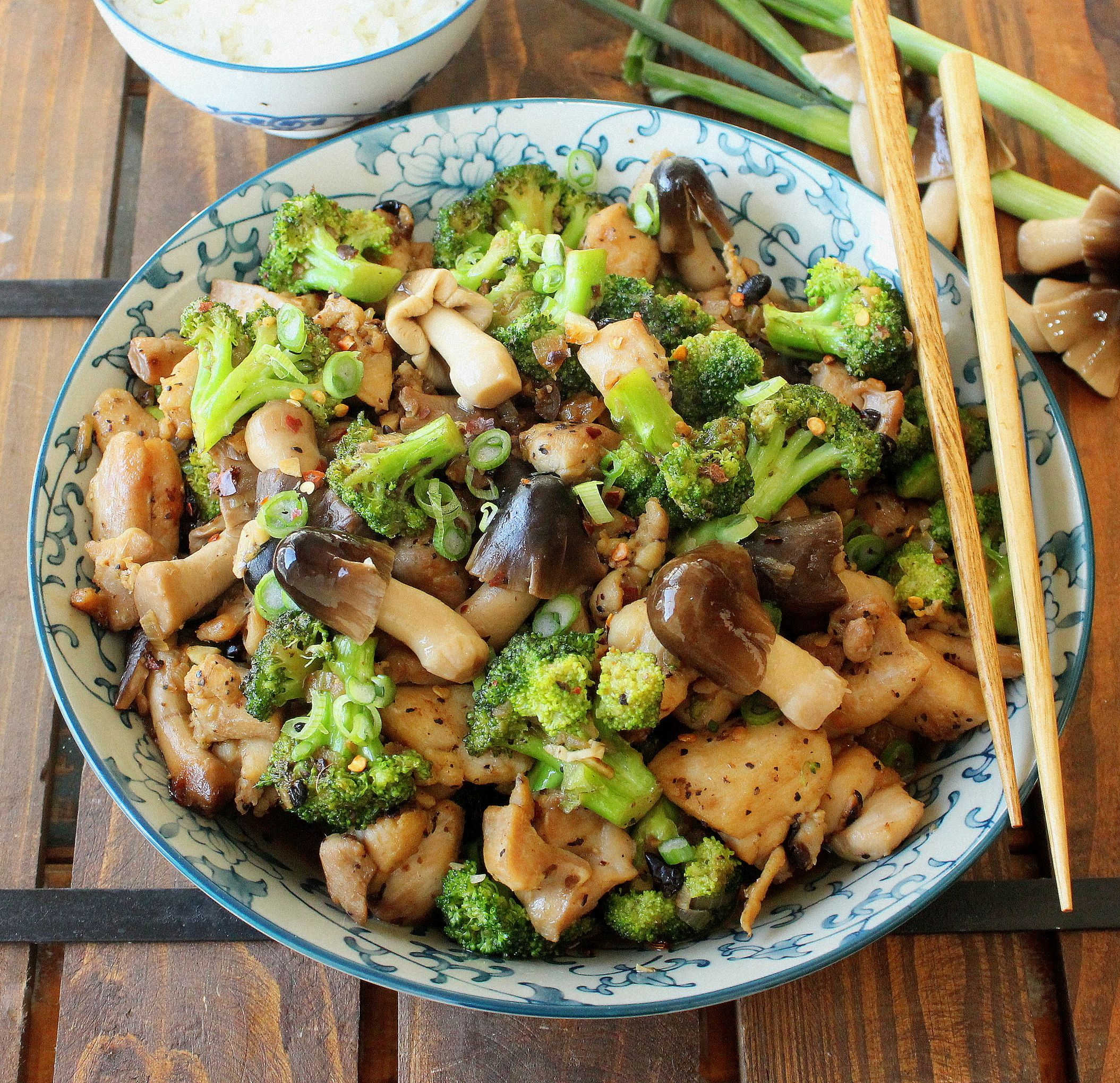 Stir Fry Chicken With Broccoli And Mushrooms Recipe Stuffed Mushrooms Broccoli Recipes Broccoli