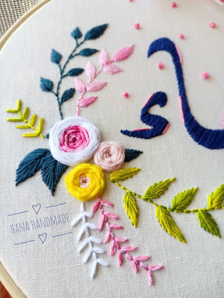 Embroidery Flowers تطريز يدوي Embroidery Designs Hand Embroidered Hand Embroidery