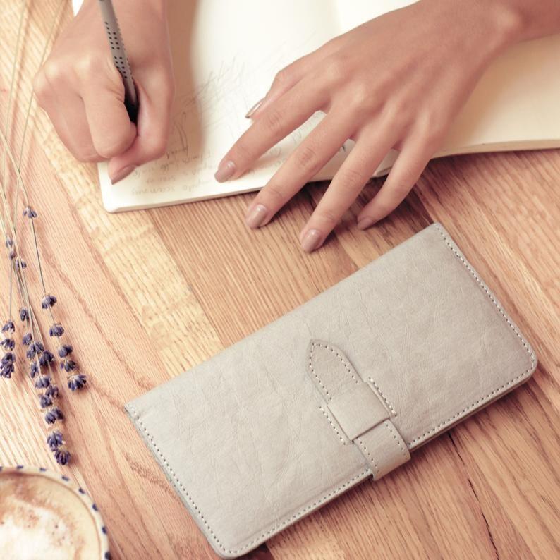Bifold Travel Wallet, Vegan Leather Wallet for Women, Minimalist wallet, Washable Paper Wallet