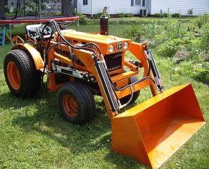 Gemeinsame Kubota B6100 compact tractor loader_1 | Loader | Kubota tractors #GA_03