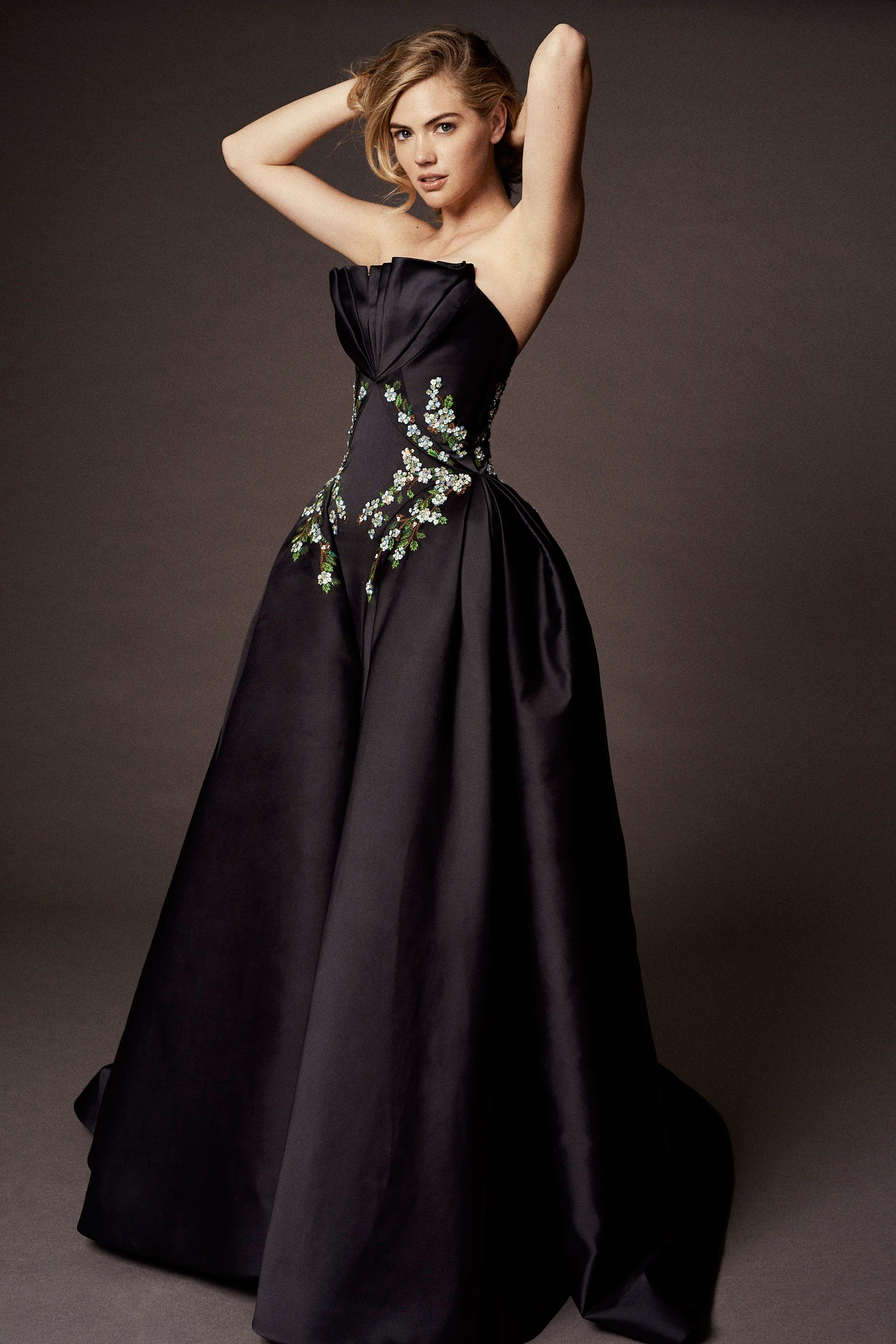 Pin by Zac Posen on Abendkleider  Ball gowns, Fashion, Dress up
