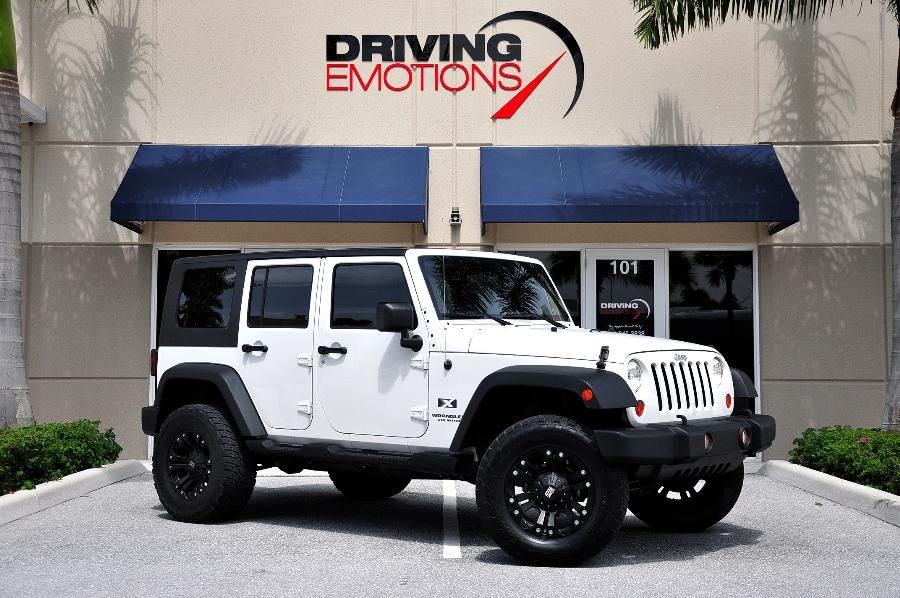 Pin By Alex Jaramillo On My Future Jeep 2008 Jeep Wrangler Dream Cars Jeep Jeep Wrangler Unlimited