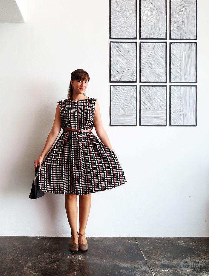 The easy dress sewing tutorial | Modelos de vestido, El calor y Costura