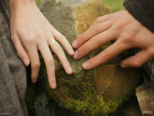 #Outlander slightest of touches.....