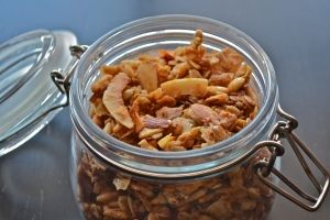 Crunchy Almond and Sunflower Seed Granola