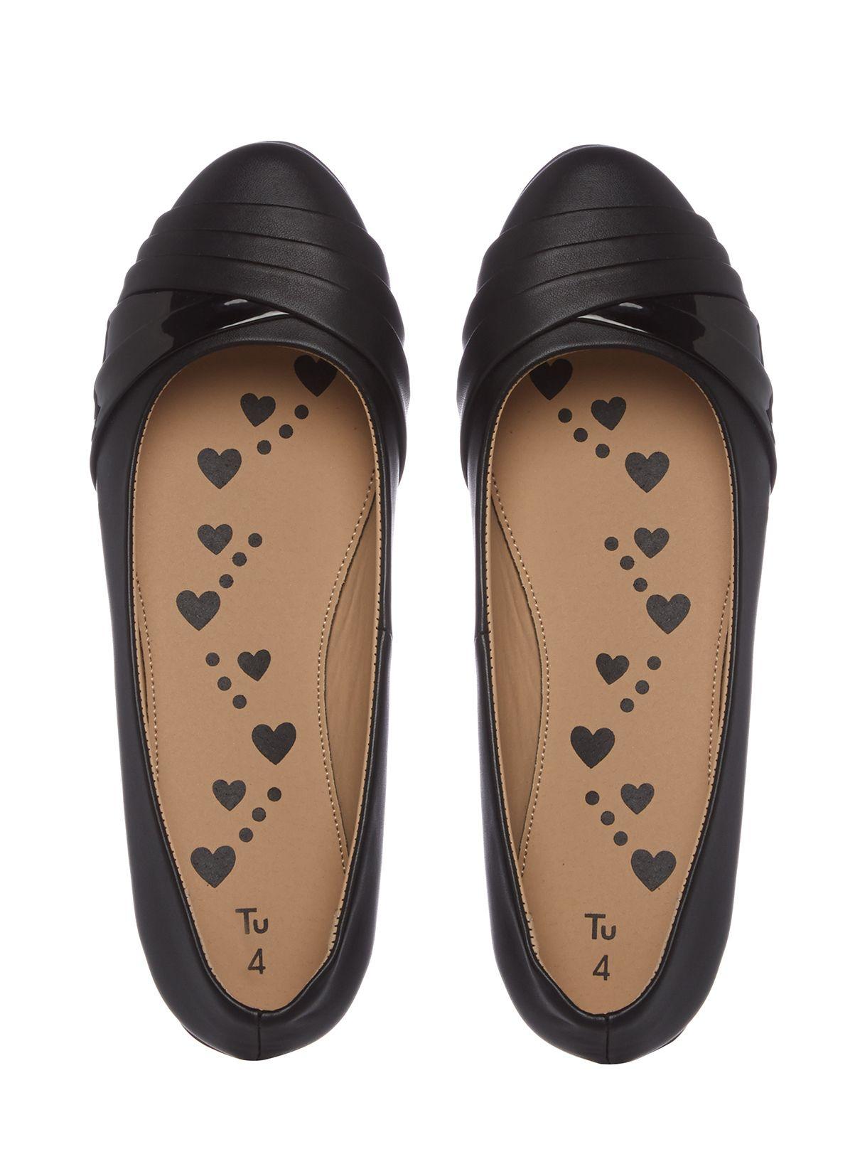 Pin on Girls' Shoe!