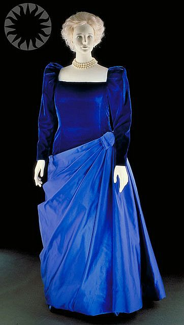 Barbara Bush Wore This Exquisite Blue Velvet And Taffeta Gown For