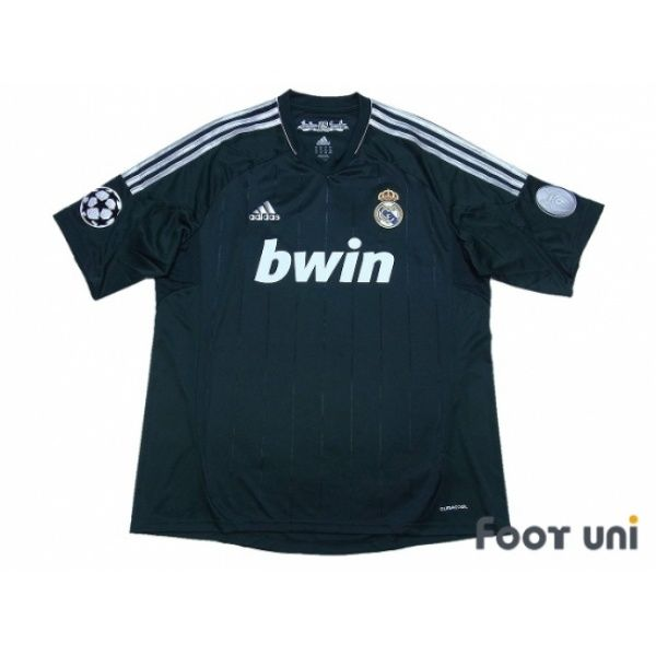 Photo1  Real Madrid 2012-2013 3RD Shirt Champions League Trophy Patch Badge  Champions 0eb0a1beb