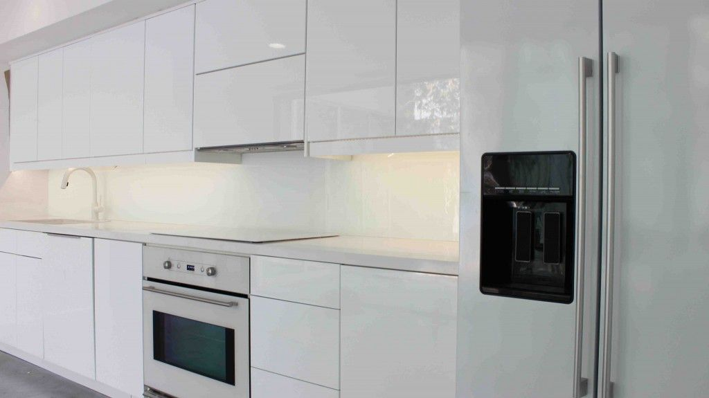 Ringhult White Ikea Kitchen With White Zeus Extreme Quartz Countertops And A Single Panel Star