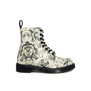 4cc2f578716 Dr. Martens | Skulls - Calaveras | Zapatos, Botas y Calzas