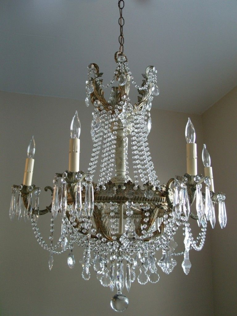 French And Gorgeous Love Them In Unexpected Places Like A Barn Used For Entertaining Shabby Chic Chandelier Shabby Chic Lighting Beautiful Chandelier