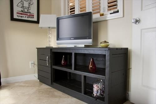 TV Cabinet Made With Pallets