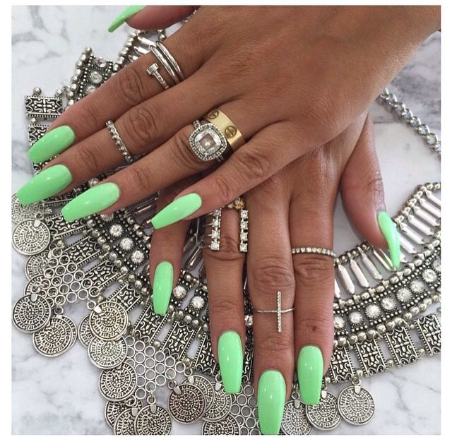 Summer Coffin Shape Acrylic Nails Green Tanned Summer Green